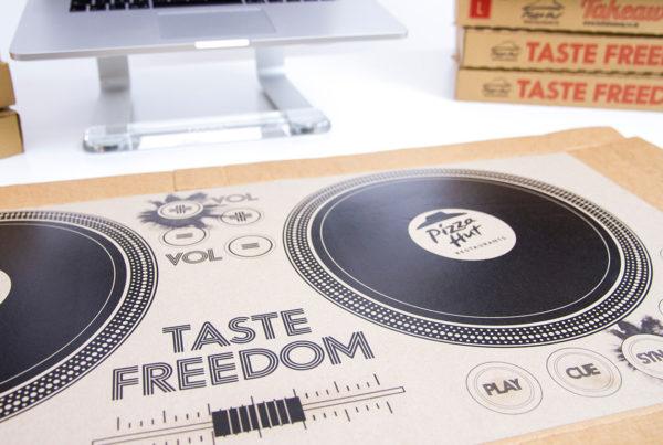 Pizza Hut - Pizza Box Playable DJ Deck!